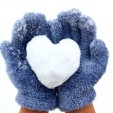 11 Ways to Keep Little Hands Warm on the Slopes