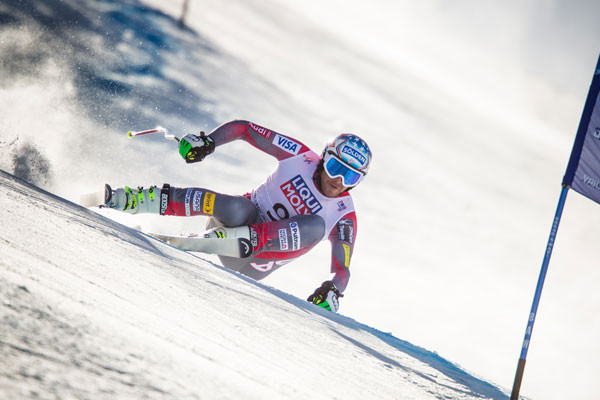 Before the epic crash, Bode Miller was crushing it in the Super G at the 2015 World Championships in Beaver Creek.